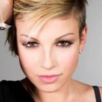 Sanremo 2012: Emma Marrone in Non è l'inferno, il testo