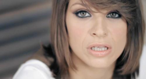 Alessandra Amoroso Mostra Nuovo Taglio Di Capelli Nel Video Dove