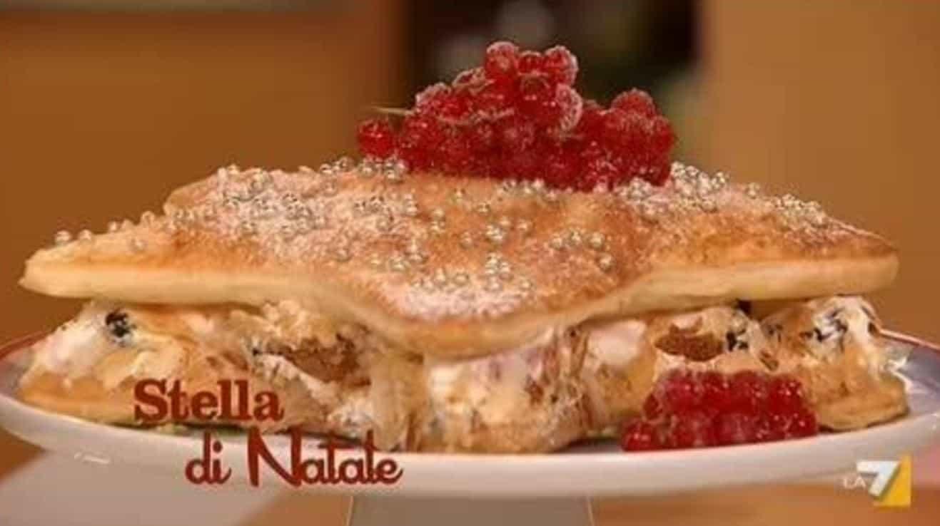 La ricetta stella di Natale de I menù di Benedetta (video)