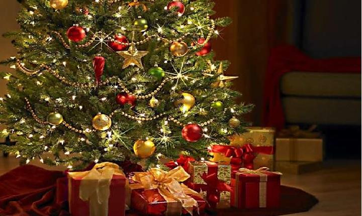 Addobbi Natalizi Quando Toglierli.Come Smontare L Albero Di Natale In Fretta E Preservando Gli Addobbi Ultime Notizie Flash