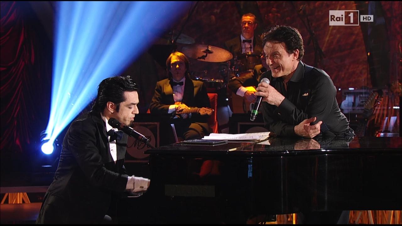 Morgan duetta con Massimo Ranieri a Sogno e son desto (VIDEO)