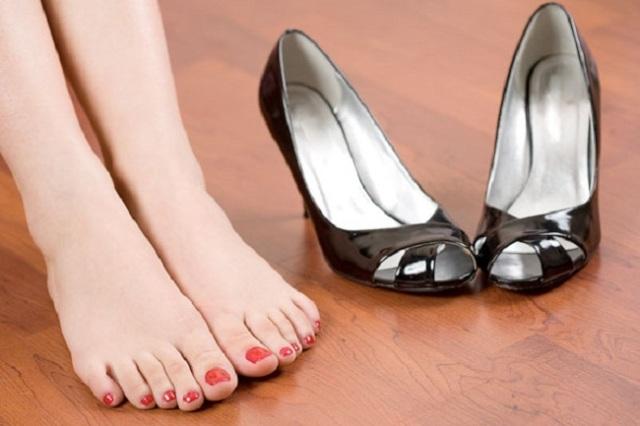 Corpo Gioventù Ambasciata  Come eliminare il cattivo odore dalle scarpe | Ultime Notizie Flash