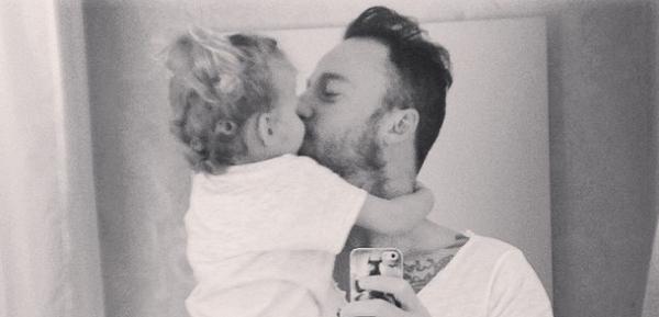 Francesco Facchinetti e la piccola Mia: un papà straordinario (FOTO)