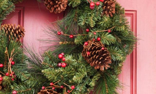 Immagini Di Ghirlande Di Natale.Le Ghirlande Di Natale Da Fare A Casa 5 Idee Facili E Veloci Foto Ultime Notizie Flash