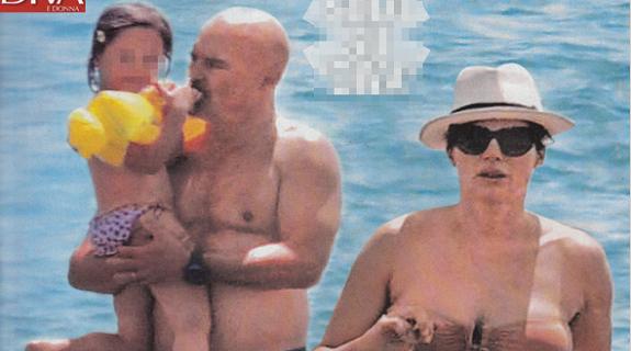 fee47a5bd230 Luca Zingaretti e Luisa Ranieri in bikini col pancione al mare (FOTO)    Ultime Notizie Flash