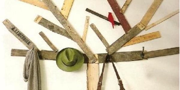 Costruire Un Attaccapanni In Legno.Come Realizzare Un Originalissimo Appendiabiti In Legno Con Le