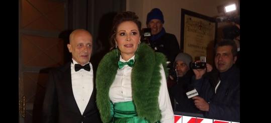 Daniela Santanchè alla prima della Scala batte tutte col suo abito verde (FOTO)