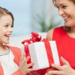 Festa della mamma 2016: le idee regalo low cost per sorprenderla (FOTO)
