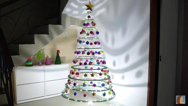 Decorazioni Natalizie Di Cartone.Come Fare Un Albero Di Natale Con Il Cartone Video