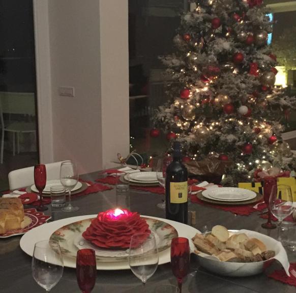 Antonella Clerici, il suo Natale dalla cucina alla tavola apparecchiata (Foto)