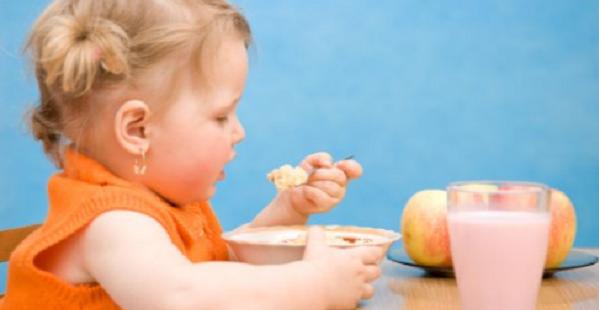 Autosvezzamento, come metterlo in pratica con il bambino