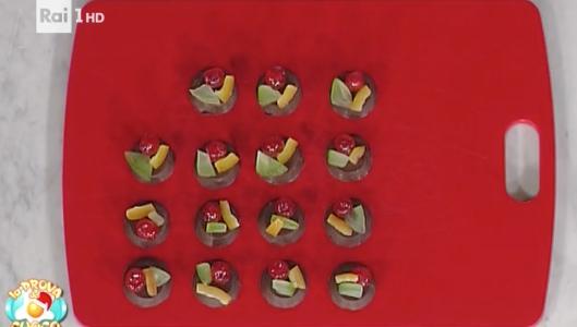 La ricetta sprint dischetti di cioccolato di Natale da La prova del cuoco