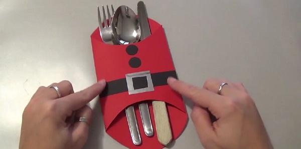 Natale 2016, come realizzare un Babbo Natale portaposate con il cartoncino (VIDEO)
