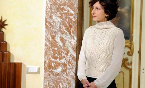 Il maglione bianco di Agnese Renzi che indigna gli italiani: ma quanto costa veramente?