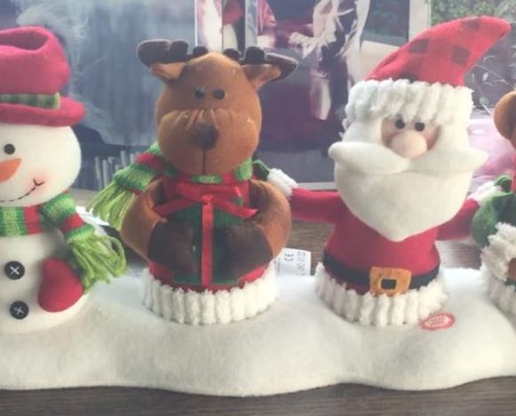 Antonella Clerici mostra l'albero di Natale e gli addobbi di casa sua (Foto e Video)