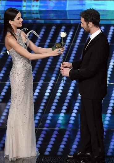 Raoul Bova e Rocio a Sanremo 2017 per dichiarare il loro amore (Foto)