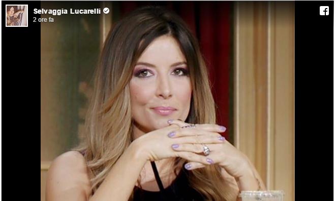 Selvaggia Lucarelli salta la finale di Ballando con le stelle: spiega i motivi su Facebook, la Parietti risponde