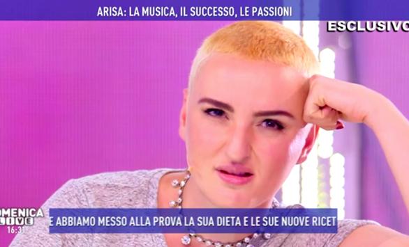 Arisa cambia look e a Domenica Live accusa di truffa il dottor Lemme (Foto)