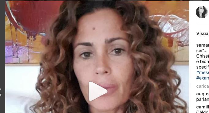 Samantha De Grenet contro un'ex amica colpevole di parlare male di lei (Foto)