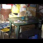 donna trovata segregata in una baracca