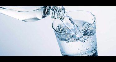 benefici dell'acqua calda