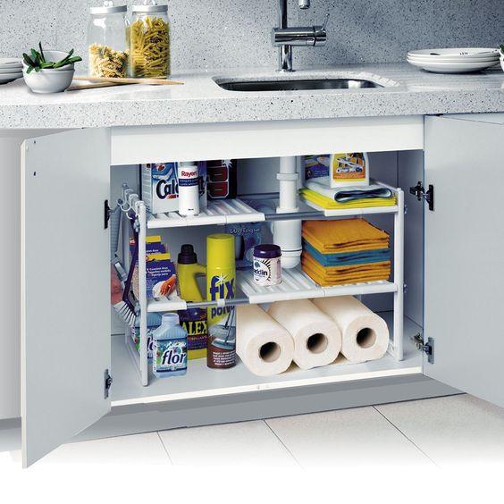 Consigli e idee su come organizzare il sotto lavello in cucina in ...