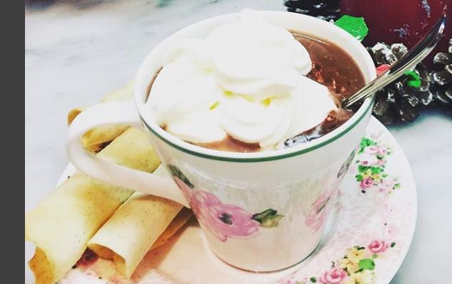 Stella Di Natale Di Benedetta Parodi.Ricette Benedetta Parodi Prepariamo La Cioccolata Calda In Casa