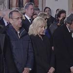 Antonella Clerici ai funerali di Fabrizio Frizzi, immenso il dolore nel giorno dell'addio (Foto)