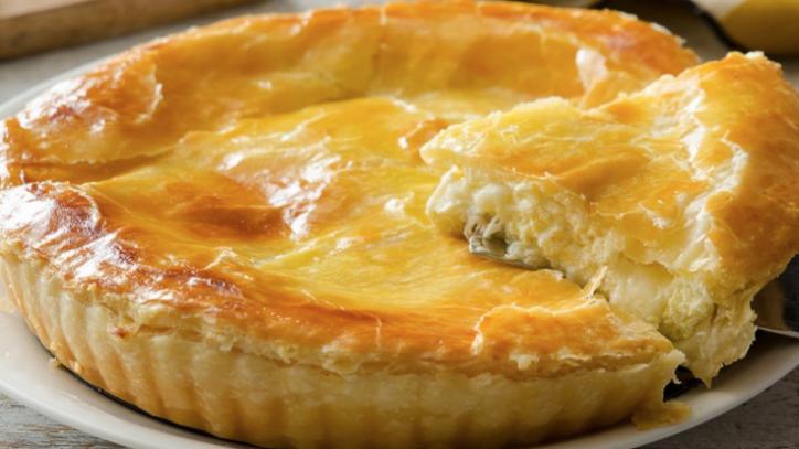 Ricette di Pasqua, torta salata al formaggio per un antipasto ...