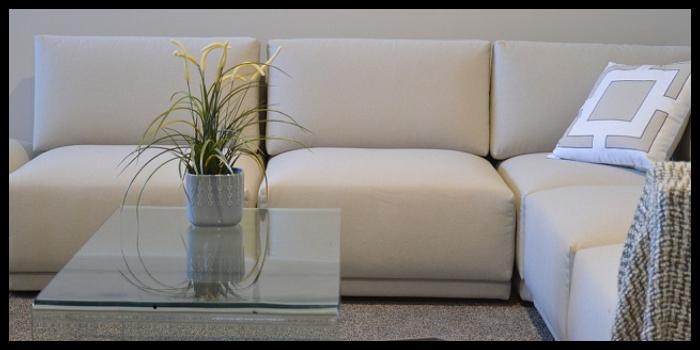 come pulire i divani, soluzioni