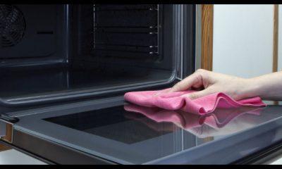 come pulire il forno in un minuto