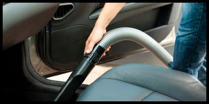 come pulire i sedili e gli interni dell'auto