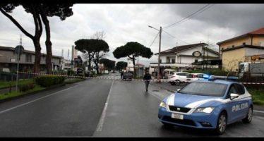 massa, furgone travolge anziani, due morti e tre feriti