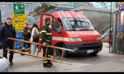 15enne cade sotto un treno e muore a torino