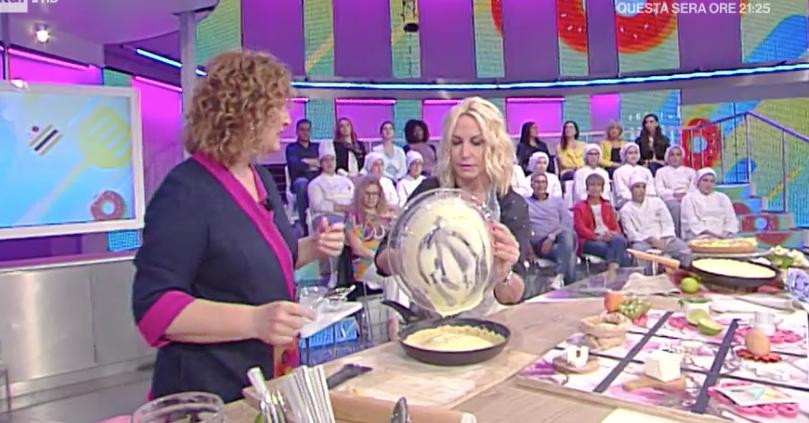 Ricette Natalia Cattelani: torta in padella al profumo d'estate, La prova del cuoco ricette dolci 14 maggio 2018 (Foto)