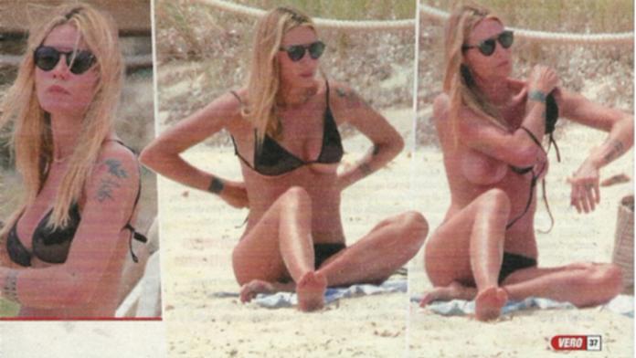 Elenoire Casalegno in topless, credeva di essere da sola in spiaggia a Formentera (Foto)