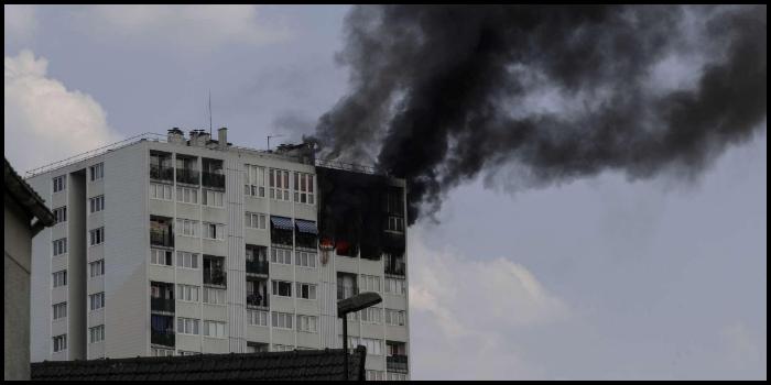 Parigi, incendio in un grattacielo: morti una donna e tre bambini