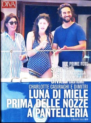 Charlotte Casiraghi al nono mese non rinuncia alle vacanze sullo yacht con mamma e suocera (Foto)