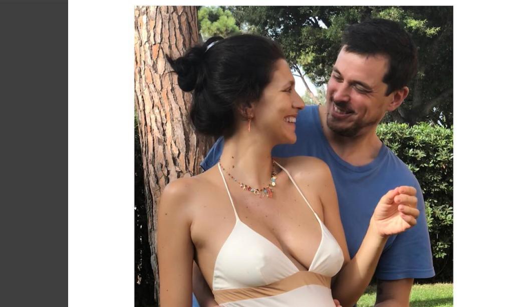 Giulia Bevilacqua incinta: l'attrice annuncia la dolce attesa sui social (foto)