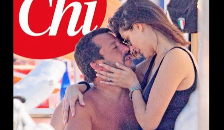 Elisa Isoardi e Matteo Salvini che passione sotto l'ombrellone (Foto)