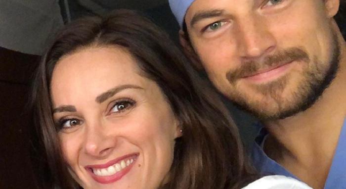 Grey's Anatomy 15, torna Carina De Luca e arriva un nuovo sexy chirurgo ortopedico