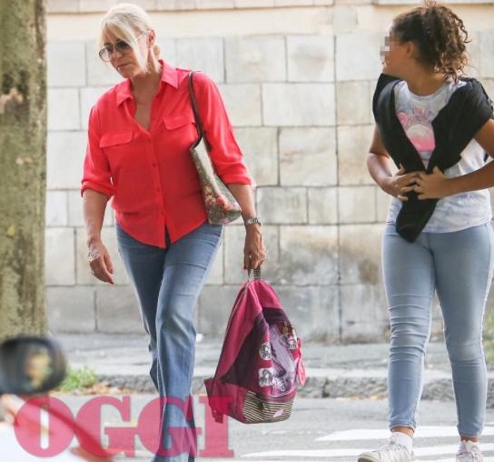 Antonella Clerici va a prendere Maelle a scuola, la sua nuova vita più semplice (Foto)