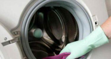 come eliminare la muffa dalla lavatrice