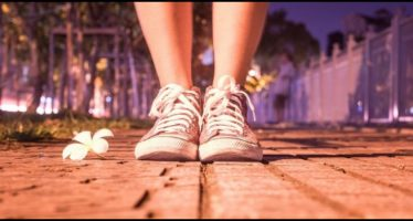 eliminare il cattivo odore dalle scarpe