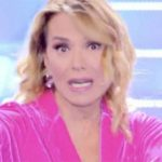 Naike Rivelli contro Barbara D'Urso: ha mostrato gli slip a Domenica Live