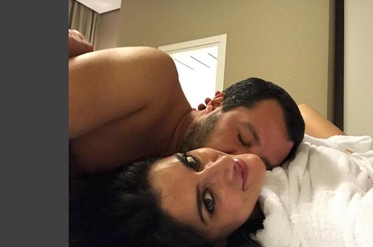Elisa Isoardi annuncia la fine con Salvini e sceglie una foto molto intima (foto)