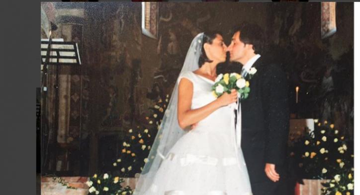 Matrimonio In Fotografia : Benedetta parodi festeggia con un altro matrimonio 20 anni damore
