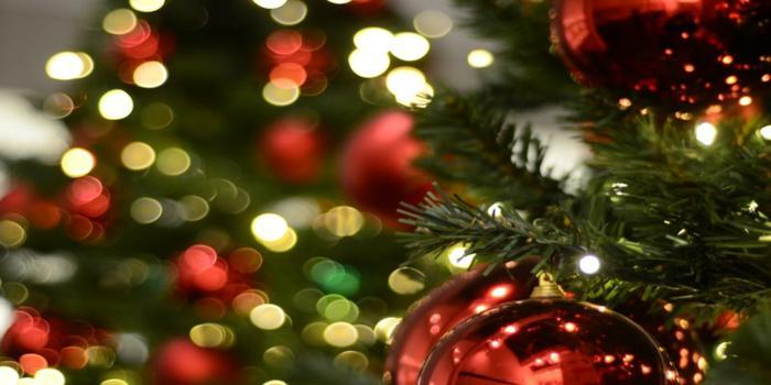 Frasi Carine Per Natale.Come Augurare Un Buon Natale Ai Parenti Le Frasi Piu Belle Da Inviare Ultime Notizie Flash