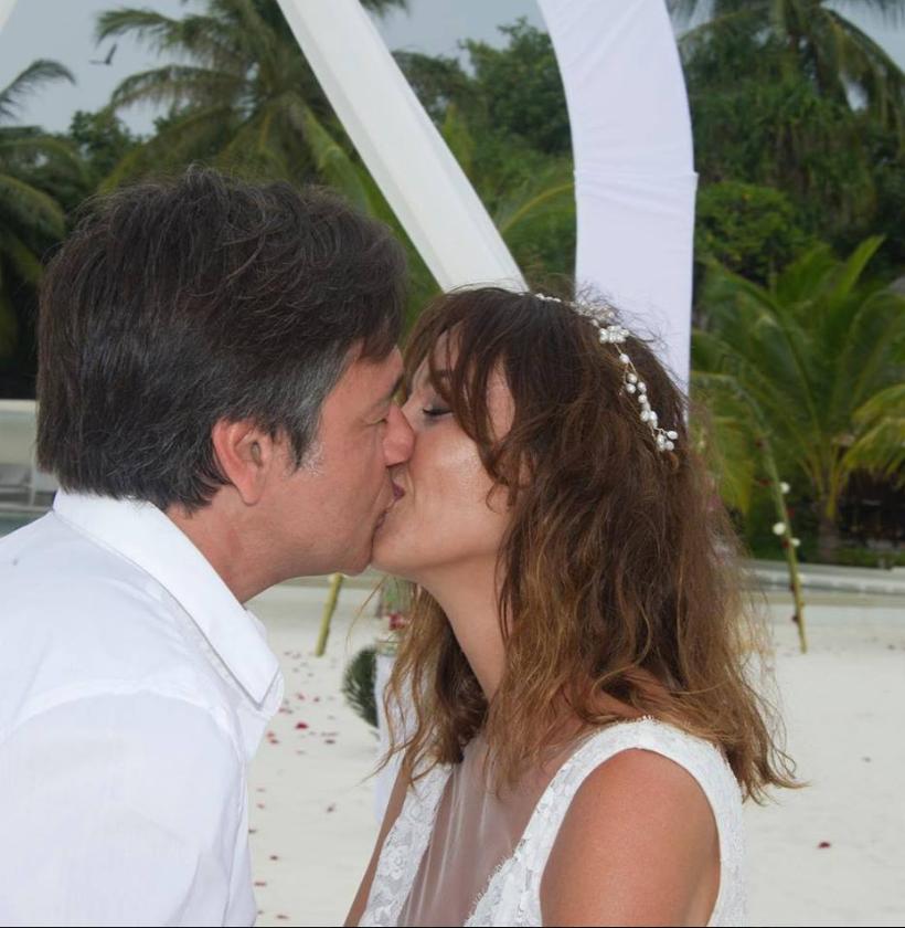 Benedetta Parodi raggiante per il suo secondo matrimonio alle Maldive: le foto più romantiche