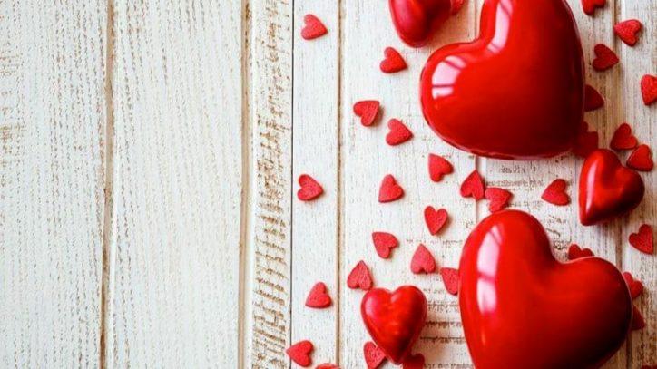 7740c38e4c San Valentino 2019, le frasi più belle da inviare a lui | Ultime ...